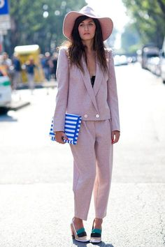 HOW TO // Wearing Spring Pastels