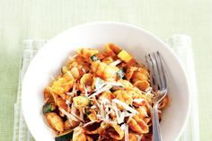 Pasta met courgette - Recept - Allerhande