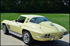 1965 Chevrolet Corvette Coupe 350 CI, Maintenance of old vehicles: the material for new cogs/casters/gears/pads could be cast polyamide which I (Cast polyamide) can produce Yellow Corvette, Old Corvette, Classic Corvette, Chevrolet Corvette, Pontiac Gto, Us Cars, Sport Cars, Chevy Muscle Cars, Yellow Car