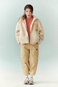Brand Magazine, Love U Forever, Fur Coat, Korean Girl, Cool Girl, Raincoat, Normcore, Winter Jackets, Celebs