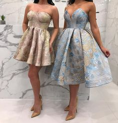 Haute couture fabric by Sahsa Tekstil. Prom Dresses For Teens, Unique Prom Dresses, Beautiful Prom Dresses, Event Dresses, Pretty Dresses, Formal Dresses, Sophisticated Outfits, Simple Prom Dress, Gowns Of Elegance