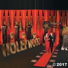 Lights! Camera! Action! Welcome guests to your grand event in VIP style with this show stopping sign. Add this Hollywood Sign Stand-Up to your movie night ...