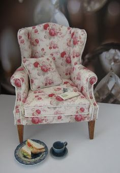 amazing mini chair...I have this fabric on my chair and a half!