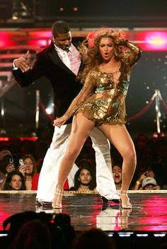 beyonce and usher relationship with mother