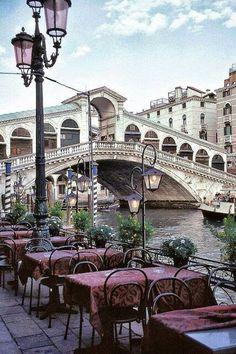Venezia  = ponte  dei  Sospiri