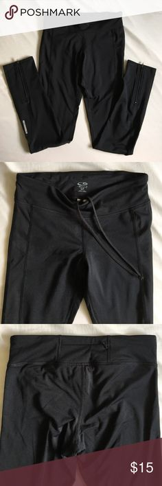 Champion C9 fleece lined running leggings Warm fleece lined running tights for cold weather, worn and washed only once. Like new condition. Zippers at ankles and small zipped compartment at the back of the waistband, perfect for your keys and other small items! Offers welcome. Champion Pants Leggings
