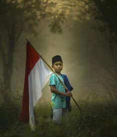 Beauty Of Boys, Indonesian Art, Beautiful Asian Women, Life Skills, Independence Day, Children Photography, Photo Art, Red And White, Have Fun