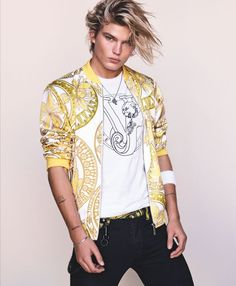 Models Lexi Boling and Jordan Barrett Versace Jeans Spring/Summer 2017 campaign, photographed by Luigi & Iango Harry Styles, Jordan Barrett, Cute White Boys, Blazers, High Fashion, Mens Fashion, Printed Bomber Jacket, Australian Models, Versace Jeans