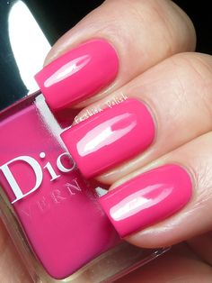 Pretty in pink! ✿♔Life, likes and style of Creole-Belle♔✿