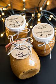 Má to šťávu!: Jedlý dárek - arašídové máslo se slaným karamelem Christmas Cookies, Christmas Gifts, Toffee Bars, Diy And Crafts, Food And Drink, Presents, Cooking Recipes, Place Card Holders, Sweets