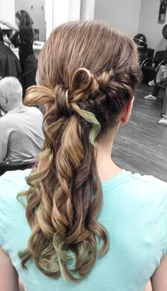 UPDO BOW WITH FRENCH FISH TAIL braid!