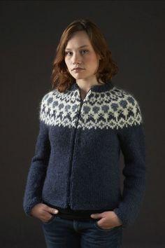 Pattern - HÉLA - Icelandic knitted cardigan in Álafoss Lopi - FREE Fair Isle Knitting Patterns, Knitting Kits, Knit Patterns, Free Knitting, Icelandic Sweaters, Wool Sweaters, Crochet Cardigan, Cardigan Pattern, Creations