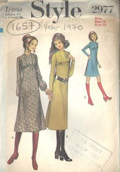 Style 2977 vintage dress pattern size bust from 1970 by StornowayVintageCo on Etsy Seventies Fashion, 70s Fashion, Fashion History, Vintage Fashion, Vintage Dress Patterns, Vintage Dresses, Vintage Outfits, Vintage Clothing, 1970s Dresses