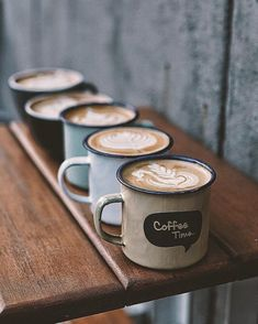 70 Ideas Photography Coffee Mug Latte Coffee Latte, I Love Coffee, Coffee Break, My Coffee, Coffee Drinks, Coffee Time, Morning Coffee, Coffee Shop, Coffee Cups