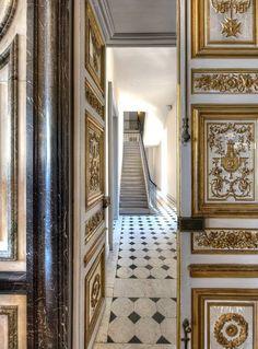 Image result for marie antoinette secret passage