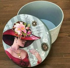 No photo description available. Decoupage Box, Decoupage Vintage, Vintage Hat Boxes, Eid Cards, Wood Carving Designs, Creative Box, Shabby Chic Crafts, Altered Boxes, Box Art