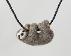 Hey, diesen tollen Etsy-Artikel fand ich bei https://www.etsy.com/de/listing/234533478/reserved-for-diana-terry-sloth-necklace