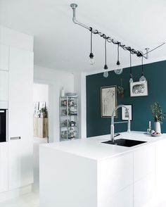 3 Insane Ideas Can Change Your Life: Modern Minimalist Bedroom Apartment Therapy minimalist bedroom tips interior design.Minimalist Bedroom Tips Interior Design minimalist bedroom interior natural light. Interior Wall Paint, Accent Wall In Kitchen, House Interior, Wall Colors, Minimalist Bedroom, Home, Interior, Minimalist Kitchen, Countertop Colours