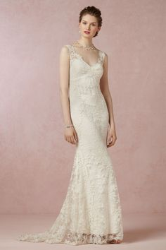 Romantic gown with Chantilly lace by Nicole Miller