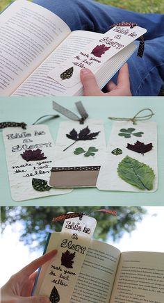 Separadores decorados con naturaleza muerta y hojas de otoño. Idea hermosa para inspirarte cuando lees. www.craftingeek.me