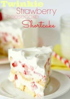 Twinkie Strawberry Cheesecake Shortcake -- this cake is simply AMAZING!! No bake, gorgeous, and perfect for any gathering!