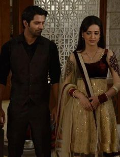 Arnav and khushi off screen