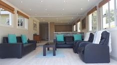 16 km from Lakes Area National Park and km from Sedgefield lagoon, the property offers a garden and barbecue facilities.