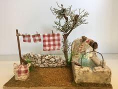 Coin lavoir-etendage Christmas Tree Village, Christmas Nativity Scene, Fairy House Crafts, Garden Crafts, Christmas Hacks, Christmas Crafts, Christmas Decorations, Miniature Crafts, Miniature Fairy Gardens