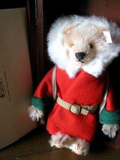 Steiff Little Santa Christmas Teddy Bear 2000 Japan Limited with Wooden Box