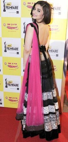 Alia Bhatt in 2 States Movie | Veethi