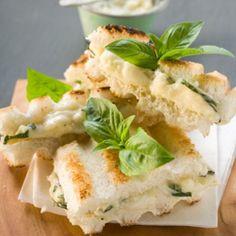 Sandwich de mozzarella, jamón y pera - Recetas de Cocina - Telva.com