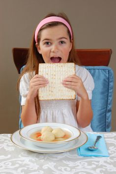 Kid-Friendly Seder Ideas | Jewish Boston Blogs Placemat with seder steps to mark off as we go along