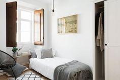 For Interieur | Appartement rénové dans les tons blanc et bois clair | http://www.for-interieur.fr
