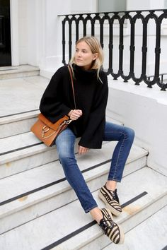 Fashion Me Now - Petite Fashion & Style Blogger/Petite Lookbook. Re-pin via petitestyleonline.com