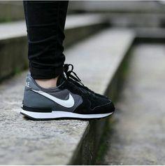 new styles 37993 c1778 ... official store black sneaker nike womens internationalist 83985 a4cbd