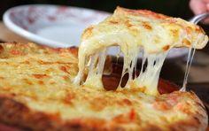 pizza  http://receitastestadas.com.br/pizza-caseira/
