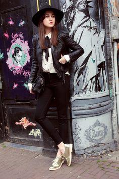 Jeans: DL1961     Leather Jacket: ZARA     Bag: Proenza Schouler     Shoes: ZARA  apr