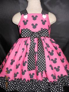 Toddler Dress, Baby Dress, Disney Minnie Mouse Black and Hot Pink, Polka dot Trim. Disney Dresses, Disney Outfits, Kids Outfits, Cute Outfits, Toddler Dress, Baby Dress, Toddler Girl, Little Girl Dresses, Girls Dresses