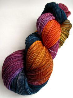 Colorway: Nightfall Bare: 75% Superwash Merino Wool / 25% Nylon 462 yards / 100 grams Fingering Weight 7-8 sts / inch on #1-3 needles