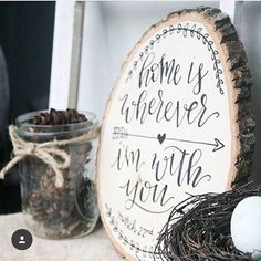 This wood slice is gorgeous, and has so much meaning to the couple who displays it in their home! celebrated 5 years with her hubby rec Wood Slice Crafts, Wood Burning Crafts, Wood Burning Patterns, Wood Burning Art, Wood Burner, Diy Holz, Wood Rounds, Wood Creations, Craft Night