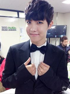 J-Hope at the 2013 MelOn Music Awards, backstage