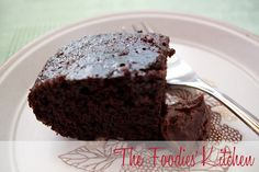 Easy One Bowl Chocolate Cake by The Foodies' Kitchen, via Flickr