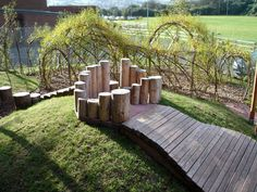 Natural Playscape Kids 15 Result natural playground ideas 17 Excellent Ideas On Kids Natural Playscapes Playground Design, Backyard Playground, Backyard Ideas, Playground Ideas, Preschool Playground, Children Playground, Natural Play Spaces, Outdoor Learning Spaces, Outdoor Education