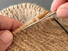 Bobby Pins, Hair Accessories, Guide, Knitting, Tutorials, Threading, Tricot, Cast On Knitting, Hair Pins