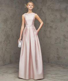 LA MODA ME ENAMORA : 10 vestidos de fiesta Pronovias espectaculares