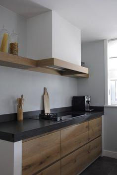 Massivt ekkök med ö - Pure Dutch Kitchen Modern Kitchen Cabinets, Ikea Kitchen, Kitchen Interior, Kitchen Dining, Kitchen Decor, Beautiful Kitchens, Cool Kitchens, Dutch Kitchen, Kitchen Island With Seating