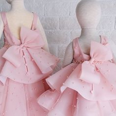 Clothes For Girls Kids Tutus 57 Ideas For 2019 Gowns For Girls, Little Girl Dresses, Flower Girl Dresses, Kids Party Wear Dresses, Dress Anak, Kids Tutu, Baby Dress Design, Kids Gown, Baby Dress Patterns