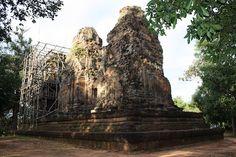 Bat Chum in Angkor, Siem Reap Cambodia  Date: 953 AD, Reign: Rajendravarman II, Religion: Buddhist  Read more: http://www.globaltravelmate.com/asia/cambodia/angkor/angkor-temples/542-siem-reap-bat-chum.html#ixzz2XbWVADmp