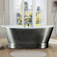 Freestanding cast iron bathtub The London stainless steel finish cast iron bath for Square Bathtub, Small Bathtub, Stone Bathtub, Cast Iron Bathtub, Bathroom Remodel Pictures, Bathtub Remodel, Simple Bathroom, Modern Bathroom, Industrial Bathroom