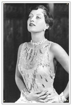 I love Joan Crawford! Nothing like vintage silver screen beauties (: